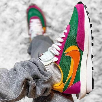 Sacai X Nike LVD WAFFLE joint deconstruction hit color running shoes Green+Rose red