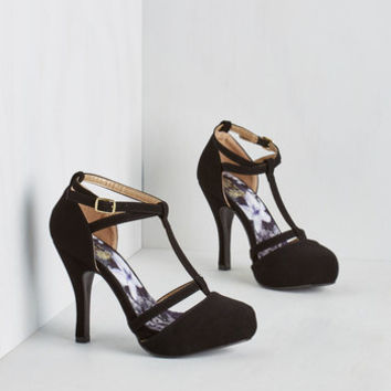 Minimal Snappy and Strappy Heel in Ink by ModCloth