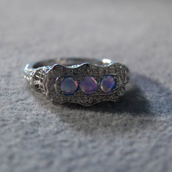 Vintage Sterling silver 3 Round Opal Fancy Filigree Etched Scrolled Victorian Style Wedding Band Ring, Size 5.5