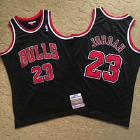 Mitchell & Ness 1997-98 Chicago Bulls 23 Jordan Black Retro Jersey