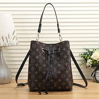 Louis Vuitton LV Fashion Leather Handbag Crossbody Shoulder Bag Satchel