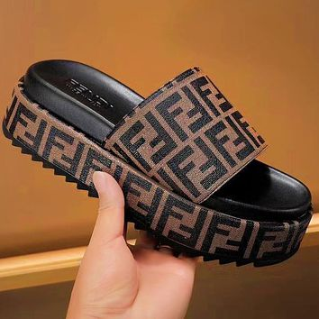 Fendi Fashino Women Print FF Letters Slippers Thickened sole shoes Sponge shoes Coffee