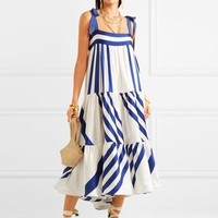 New blue-and-white striped Bohemian dress with slender skirts and long skirts
