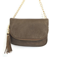 Dandy Crossbody Handbag In Nutmeg