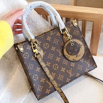 Hipgirls LV Louis vuitton Fashion new monogram leather shopping leisure shoulder bag crossbody bag