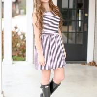 Spring in Line Dress - Black