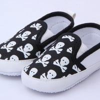 Lovely Baby Boys Girls First Walkers Shoes Toddler Skull Antislip Soft Sole Kids Infant Shoe 0-12 Months UBY