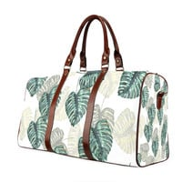 Travel Bag Tropical Leaves - Waterproof fabric, Travel, Sturdy straps, Pocket, Leaves, Pattern, Green, Traveler, Custom, Name, Initials