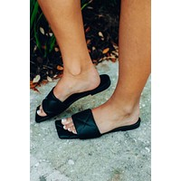Ready To Board Sandals: Black