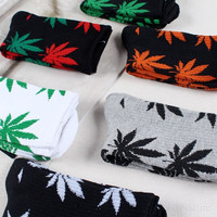 1Pair Women/Men Marijuana Long Cotton Maple Leaf Sport Socks Ankle Sock Crew = 1929600516