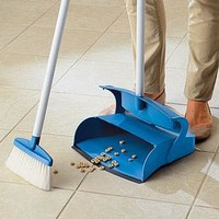 Stand-Up Broom & Dustpan