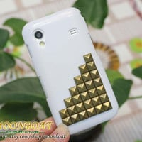 Samsung Galaxy Ace S5830 With Antique Brass Pyramid Stud And White Hard Case MB600