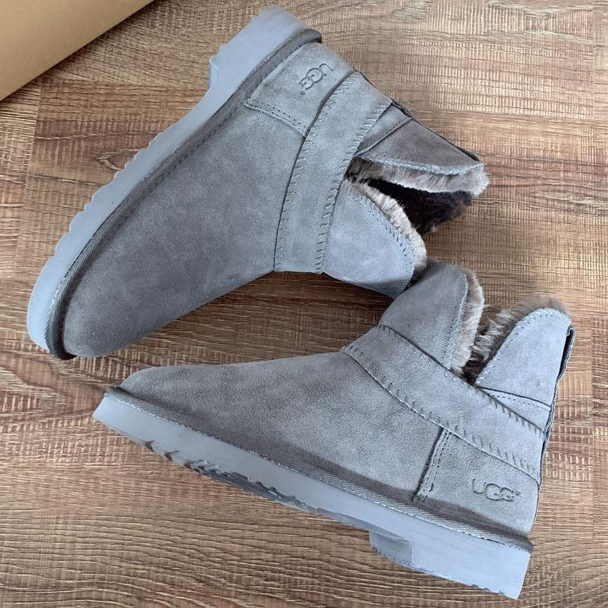 Image of UGG Women male Fashion Wool Snow Boots Shoes