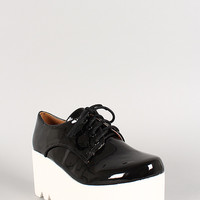 Qupid Patent Lace Up Flatform Lug Sole