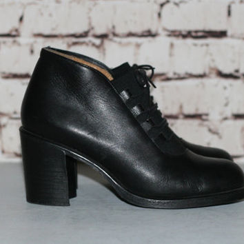 90s Chunky Boots Black Leather US 8.5 40 Heel Ankle Bootie Grunge Hipster Festival Minimalist Punk Goth Gothic 9 Aldo Lace Up Ropers Nu
