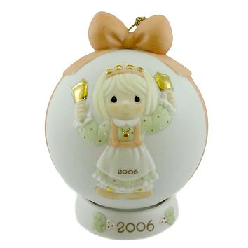Precious Moments RINGING IN THE SEASON BALL ORNAMENT Christmas Dated 610003