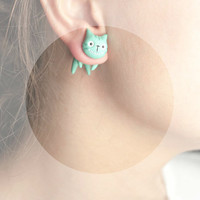 Cheshire Cat - white green mint summer cat fashion - hand painted polymer clay one stud earring fake rusteam