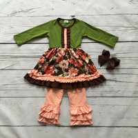 Floral and green top outfit