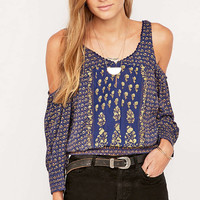 Ecote Modern Tabby Cold Shoulder Top - Urban Outfitters