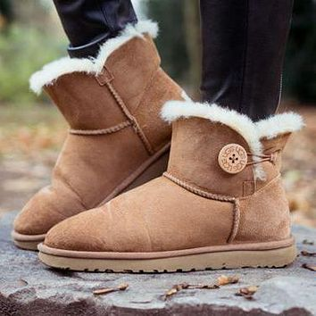 UGG new autumn and winter snow boots classic mid-tube cowhide shoes for men and women cotton shoes