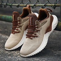 Men's MaxAir Lace-up Athletic Walking Shoes