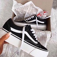 Vans Old Skool Trending Women Casual Black Flat Sport Shoes Sneakers I