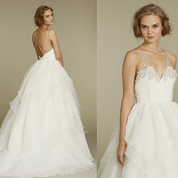 White Organza/Lace Ball Gown Wedding Dress V-neck Spaghetti Straps Bridal Dresses / Open Back Ruffled Skirt