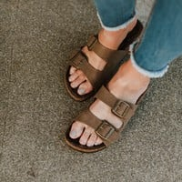 Quest Furry Sandal - Mocha