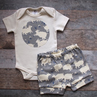 Grey Sheep Shorts and Bodysuit, Organic Baby shorts, Baby Girl Shorts, Baby Clothes, Baby Shorts, Baby Boy Shorts, Baby Boy Clothes,