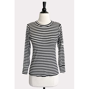 Ani Fitted Top in Navy Stripe