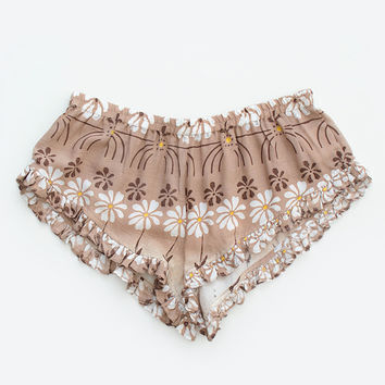 Daisy Chain Barbarella Shorts | Spell & the Gypsy Collective