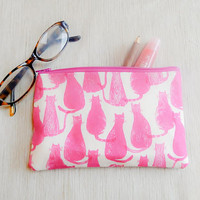 Pink Pussy Cat Gift for Her/ Make Up Bag/ Gift for Women/ Gift for Mom/ Sister Gift/ Pencil Case/ Girlfriend Gift/ Bridesmaids Gifts/ Pouch