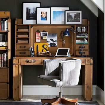 Travelers Desk + Hutch