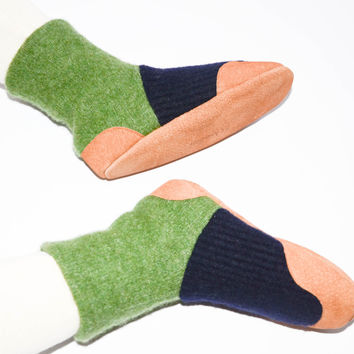 Kids Slipper Socks, Toddler Shoes, Children Eco Friendly Wool Boots, Kids Soft Sole House Shoes.Size: USA kids 7.5 to youth 2.5