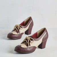 Vintage Inspired, 20s, 30s, Colorblocking, Scholastic Oxford Comment Heel in Maroon