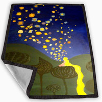 Disney Tangled lantern Blanket for Kids Blanket, Fleece Blanket Cute and Awesome Blanket for your bedding, Blanket fleece **