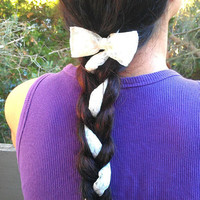 Bow Lace hair clip accessory