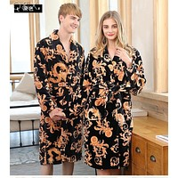 YT21 2017 New Coral Velvet Men Winter Printed Sleeping Long Robes Lovers pajamas Cotton Night Gown Pajamas Mujer With Sashes