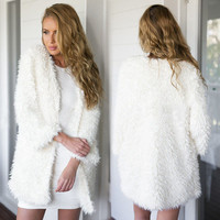 Autumn Winter New High Quality Women Warm Thick Loose Plush Knitted Coat Fashion Causal V-Neck Long Cardigan Jacket WCD610016