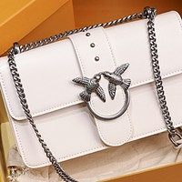 New trendy fashion one-shoulder messenger swallow chain small bag