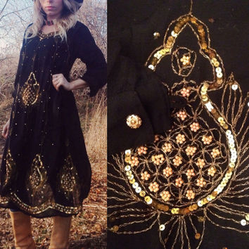 Gold Dust 1970's Black and Gold Indian Gypsy Stevie Dress    Size 4 Size 6