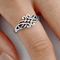 .925 Sterling Silver Celtic Triad Triquetra Infinity Ring Size 3-13