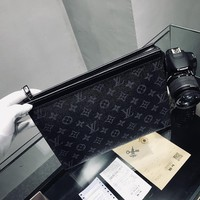 """Louis Vutitton"" Retro Classic Tartan Letter Logo Print Clutch Fashion Men Bag"