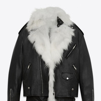 Oversized motorcycle jacket in black leather with removable white fox lining