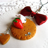 Kawaii cute handmade polymer clay gingerbread cookie strawberry whipped cream bowknot cell phone strap charm