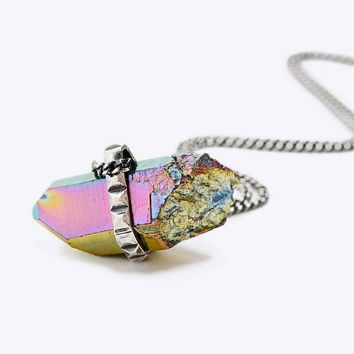 Jill Urwin Pyramid Crystal Pendant Necklace in Silver - Urban Outfitters