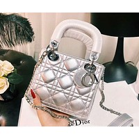 DIOR 2018 new Diana bag single shoulder oblique strapless mini women's bag F-XM-LL silver
