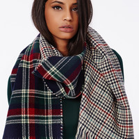Long plaid reversible blanket scarf : Navy, Green, & Red