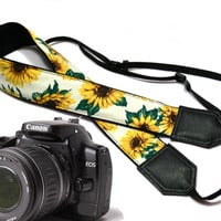 Sunflowers Camera strap.  Roses camera strap.  dSLR Camera Strap. Camera accessories. Canon camera strap. Nikon camera strap.
