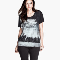 H&M+ T-Shirt  - from H&M